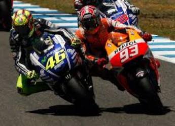Non solo sport. Mondiale MotoGp: un titolo, 50% a Lorenzo e 50% a Marc? Hamilton, terza volta iridato.