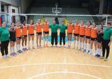 Forlì. Le ragazze della Volley 2002 hanno incontrato i ragazzi dell'istituto Carlo Matteucci.