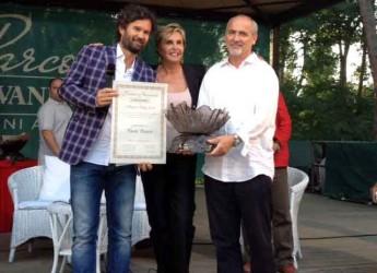 Cesena. Al Festival della Cucina Italiana la consegna del Premio Nazionale Galvanina. La coppa artistica di una coppia cesenate.