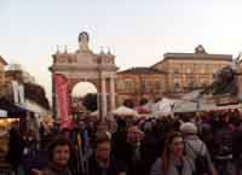 Santarcangelo. La carica dei 130mila per la Fiera di San Martino. Grande risultato per tutta la città.