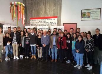 Lugo. Inaugurata la mostra 'La Grande Guerra, nelle tavole di Achille Beltrame' all'istituto 'Compagnoni'.