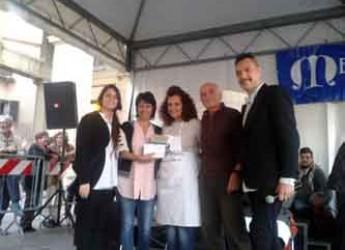 Santarcangelo. 'Nonna Gerry' dall'Expo alla Fiera di San Martino per preparare i cappelletti romagnoli. Il palio della piadina a Donatella Zaccaria.