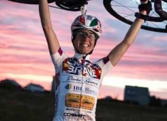 Fusignano. Al Granaio la presentazione del libro che racconta il giro del mondo in bici di Paola Gianotti.