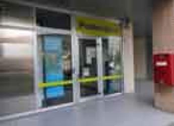 Faenza. Rinnovato l'ufficio posta di via Mengolina, ampliati i servizi per imprese e cittadini.