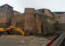 Rimini. Castelsismondo: dopo la cantierizzazione e i primi rilievi partito il primo intervento di scavo archeologico di piazza Malatesta.