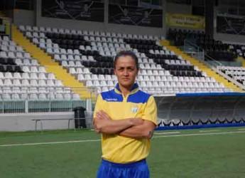 Cervia. Calcio femminile. Prima vittoria per la Riviera di Romagna. Fabiana Colasuonno si è sbloccata in campionato con una doppietta.
