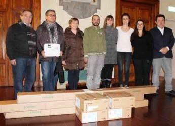 Lugo. Consegnati arredi e attrezzature per le consulte di decentramento del Comune.