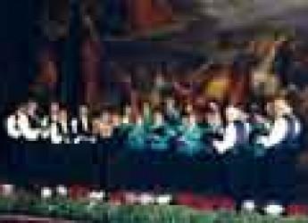 Massa Lombarda. Musica e pittura con 'Notte di note'. Sul palco il coro 'Ettore e Antonio Ricci'.