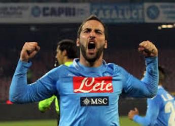 Non solo calcio. Pipita come il Pibe. Inter sfortunata e furiosa.Juve torna sotto. Il Milan (ri)trova Niang.