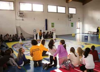 Ravenna. Cervia. Partito dall'Istituto Comprensivo Cervia 3 il tour regionale del progetto 'Il risparmio che fa scuola'.
