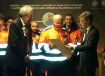 Ravenna. Il sindaco Matteucci ringrazia i servizi tecnici nautici che hanno ricevuto il riconoscimento dal ministero.