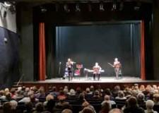 Ravenna. I 410 volontari del comune insieme per una festa al Teatro Rasi.