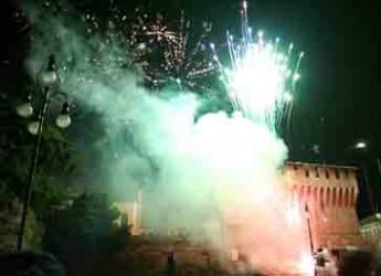Lugo. Grande spettacolo per San Silvestro con il concerto della cover band dei Nomati gli 'Aironi bianchi'.