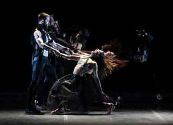 Cesena. Al Teatro Bonci Monica Casadei fa danzare la Tosca di Puccini.