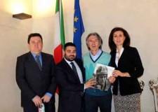 Lugo. Il campionissimo di motociclismo Giacomo Agostini ospite al Teatro Rossini.