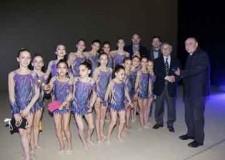 Ravenna. Le giovani atlete dell'Edera Ravenna premiate dal vicesindaco Mingozzi.