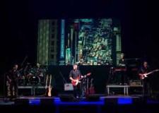 Coriano. Sul palco del CorTe le note dei Dire Straits Over Gold. Un omaggio ai fratelli Knopfler.