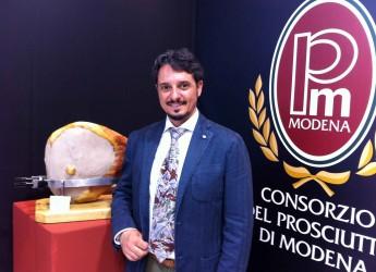 Modena. Prosciutto di Modena Dop: la produzione è stabile con 82.000 cosce prodotte. Si punta al mercato USA.