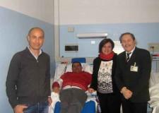 Riccione. L'associazione A.N.E.D ha donato una poltrona per dialisi al Centro di Riccione.
