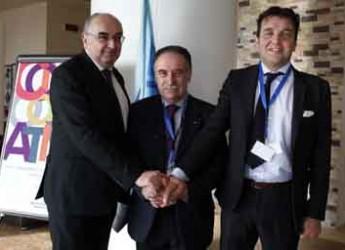 Ravenna. Confcooperative Ravenna. Il nuovo presidente è Carlo Dalmonte.