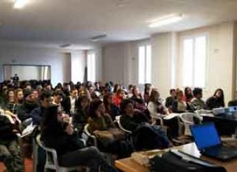 Faenza. 'Legali ad Arte', incontro con i giovani sui temi della cittadinanza attiva e della legalità nel mondo dell'arte.