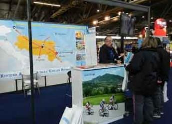 Cesenatico. Promozione turistica. La città in Francia per prendere i turisti d'oltralpe per la gola.