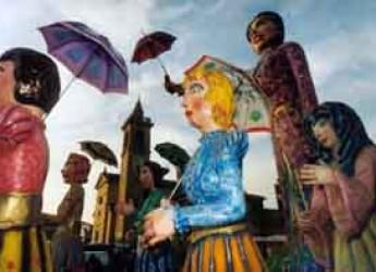 Conselice. La città si trasforma nel 'Boysteland' con il tradizionale carnevale di San Grugnone.