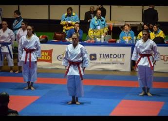 Riccione. Grazie alle atlete del Centro Karate Riccione la regione si conferma sul podio più alto ai campionati italiani.