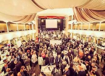 Cesena. 'Cesena in bolla': al Teatro Verdi 60 cantine italiane sposano il meglio della gastronomia del territorio.