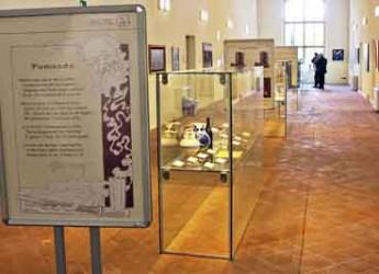 Lugo. In mostra al Carmine le pipe in terracotta di Romagna intitolata 'La caratena di Stecchetti'.