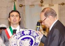 San Leo. Il premio Oscar Ennio Morricone dal 2010 è cittadino onorario del borgo della Valmarecchia.