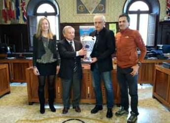 Ravenna. Consegnato in Comune il premio alla carriera 'Memorial Ferdinando Bavelloni' a Andrea Mandorlini
