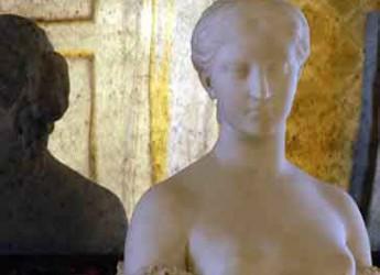 Faenza. Alla scoperta del mondo femminile nell'arte con la studiosa Sandra Fiumi.