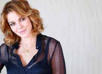 Riccione. Claudia Gerina porta sul palco del Cinepalace il suo 'Nemiche per la pelle'.