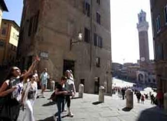 Siena. Dal primo maggio torna il trekking urbano lungo la via Francigena all'interno delle mura.