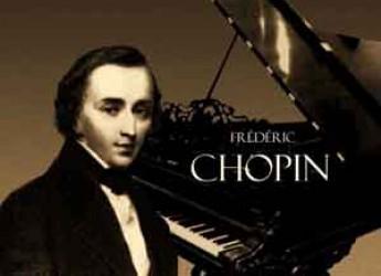 Forlì. I personaggi della cultura polacca: riflettori sulla scienziata Maria Curie, il musicista Chopin e la poetessa Szymborska.