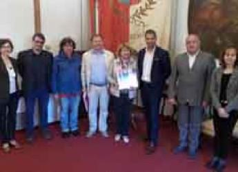 Rimini. Visita in comune di una delegazione bielorussa. A giugno migliaia di ragazzi per il Festival delle arti.