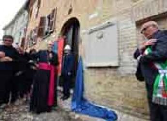 Rimini. Saludecio.  Scoperta di fronte a una piazza gremita la lapide dedicata a Santo Amato