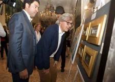 Milano. Grandi festeggiamenti per Vittorio Sgarbi alla Mostra Pro Biennale.