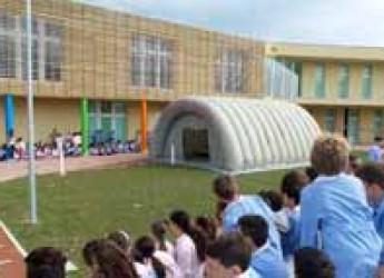 Rimini. Alla scuola G.B Casti la simulazione di emergenza in caso di terremoto.