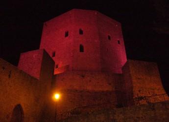 Montefiore Conca. Notte Rosa: anche la Rocca Malatestiana si illumina di rosa.