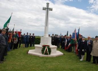 Lugo. L'U.N.U.C.I. onora i caduti canadesi. Cerimonia al cimitero di guerra a Villanova.