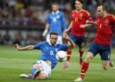 Non solo sport.  Albione saluta l'Unione ( e l'Europeo). L'eterna Italia azzurra. E quell'asino del Vale.
