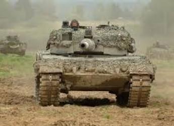Non solo calcio. Dopo l'Invincibile armata ci toccano i panzer. Che facciamo: gli cediamo il passo?