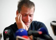 Non solo calcio. Europeo: fallisce l'Italia 2. Arridateci quella vera. Le 'scuse' di Schwazer. Da Vale a Vettel.