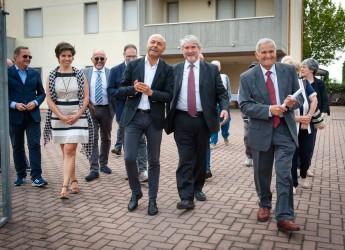 Cesena. Giornata del muratore. Il ministro Poletti consegna i premi.