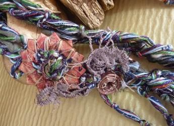 Cervia. Mostra 'ri-guardare': gioielli artigianali e riciclo creativo.