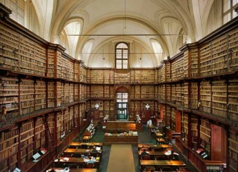 Cesena. Biblioteca Malatestiana. Tornati i libri e DVD sottratti.