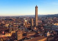 Bologna. Procedura di 30 licenziamenti aperta dal Teatro comunale.