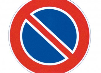 Faenza. Via Corbari, modifiche al divieto di sosta. Attenzione.